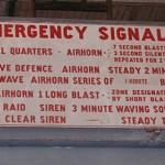 Emergency_Signal_Sign